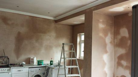 Image 32 - Large kitchen fully plastered