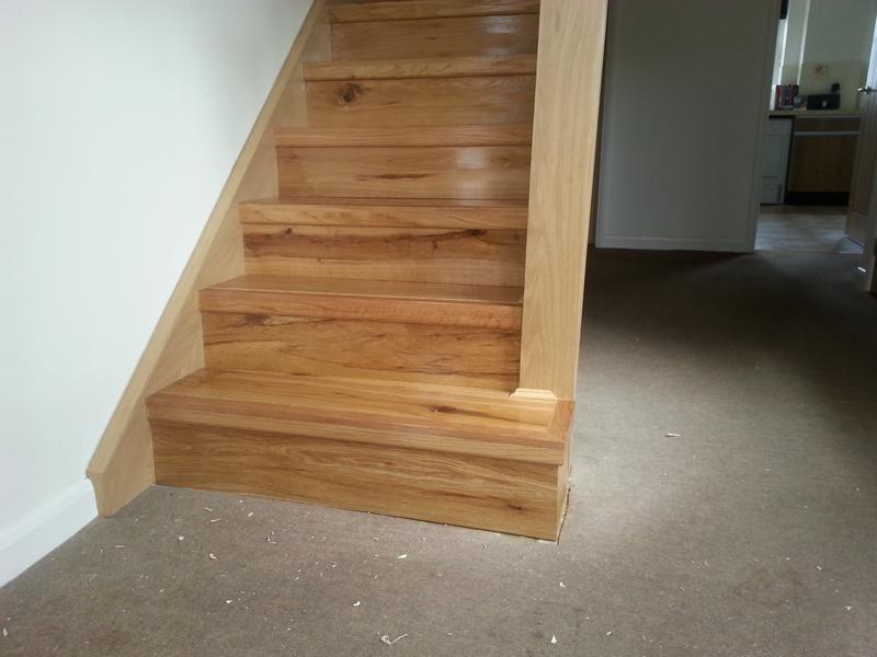 Image 29 - Engineered oak with solid nosing