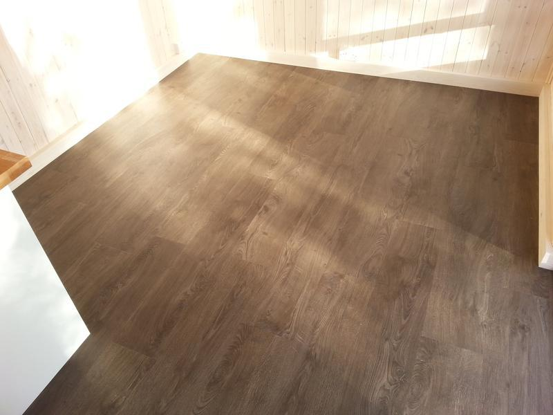 Image 50 - LVT to garden room