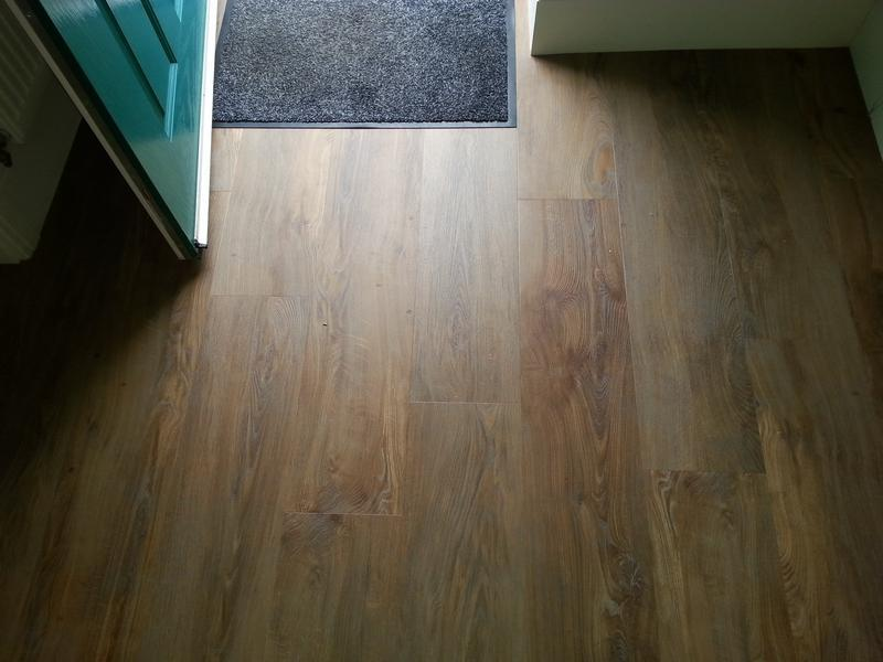 Image 40 - Distinctive flooring Water Oak..lvt