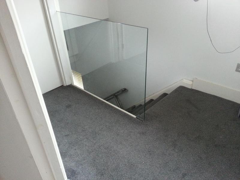 Image 4 - Glass banister Essex