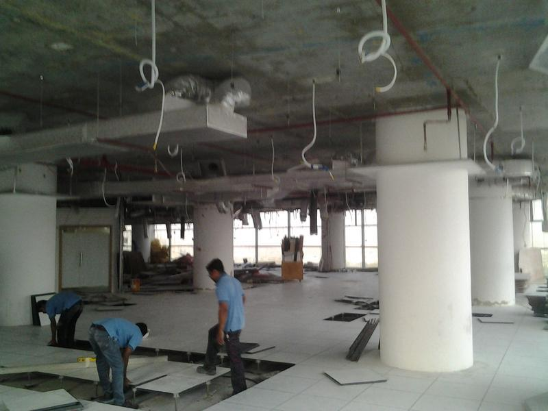 Image 98 - Gutting out an office