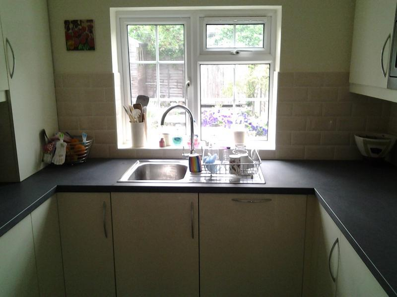 Image 90 - New kitchen