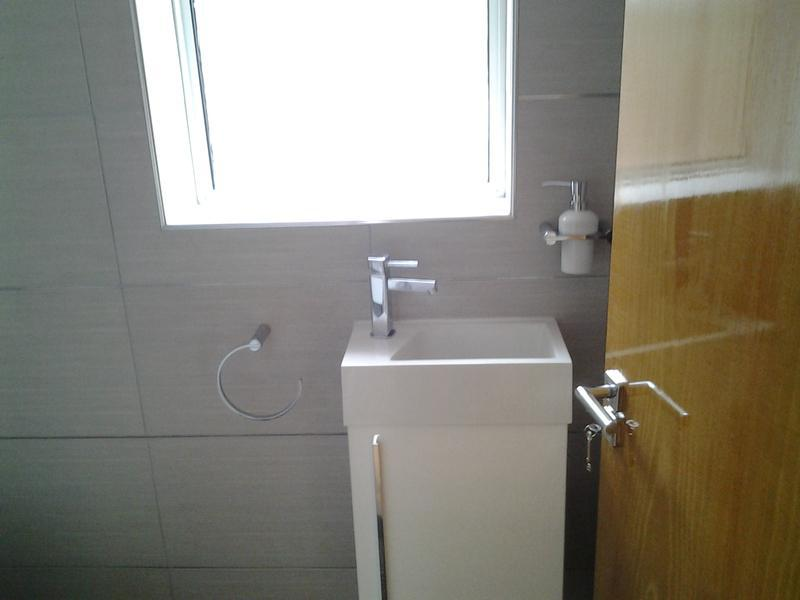 Image 79 - New bathroom