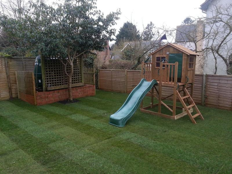 Image 22 - Turfing and playhouse, after