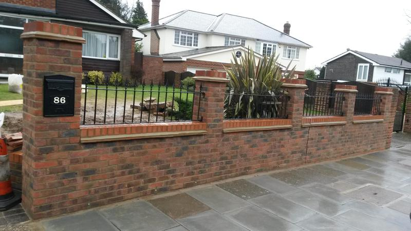 Image 5 - Decorative front wall with arrowhead railings and creasing tiles & integrated post box - after