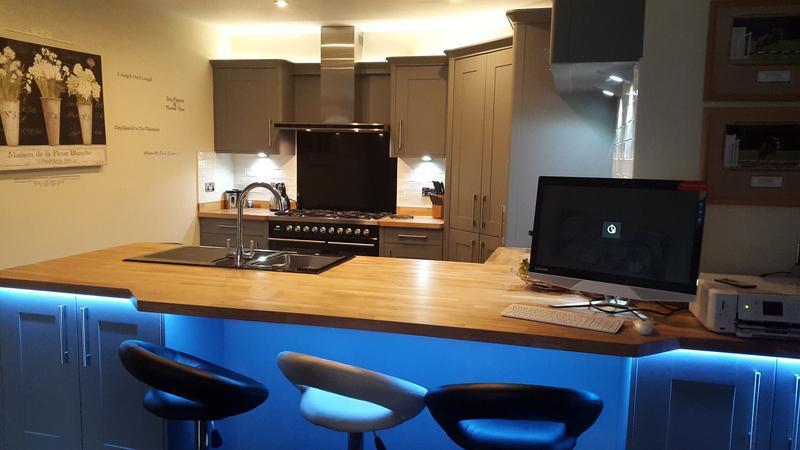 Image 4 - Kitchen lighting