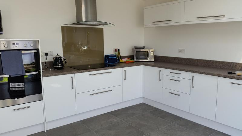 Image 7 - Fitted Kitchens.