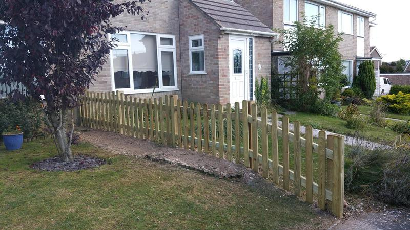 Image 105 - New picket fencing