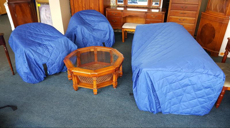 Image 28 - KING REMOVALS LONDON - SOFA COVERS