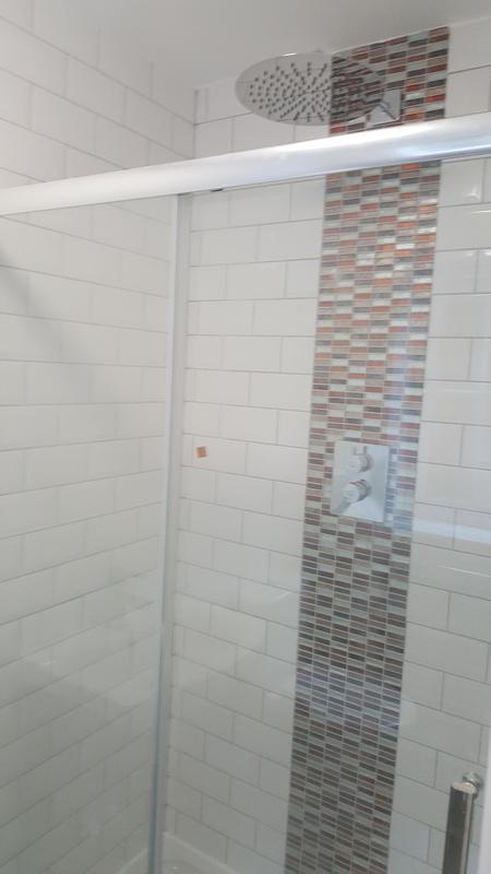 Image 7 - Shower