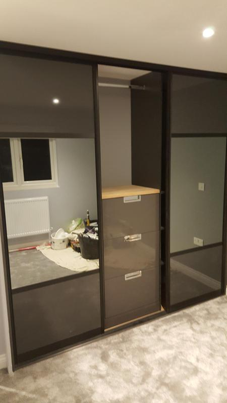 Image 12 - Fitted bedroom furniture. Built in and fitted wardrobes.
