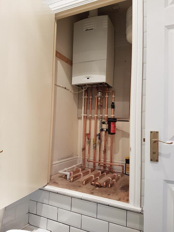 Image 2 - Worcester Bosch combi install.