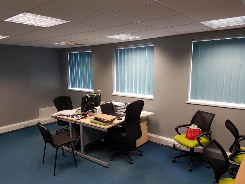 Image 99 - Office Decoration