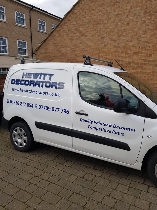 Hewitt Decorators logo