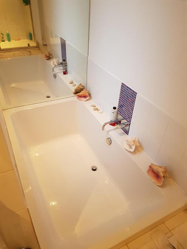 Image 15 - Sunken bath with full height mirror