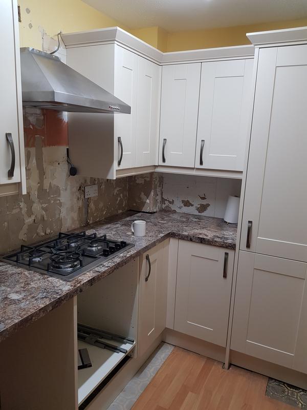 Image 83 - Wren kitchen
