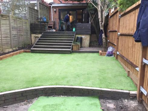 Image 119 - Artificial Lawn Installation
