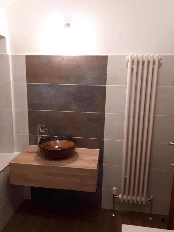 Image 29 - Unique bathroom installation Kilbirnie