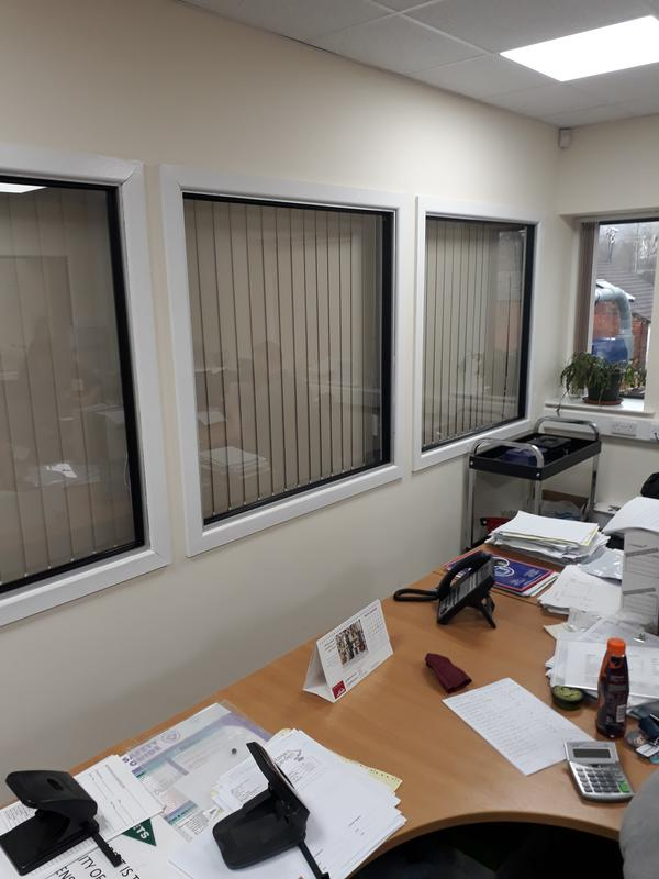 Image 12 - paggetts office windows