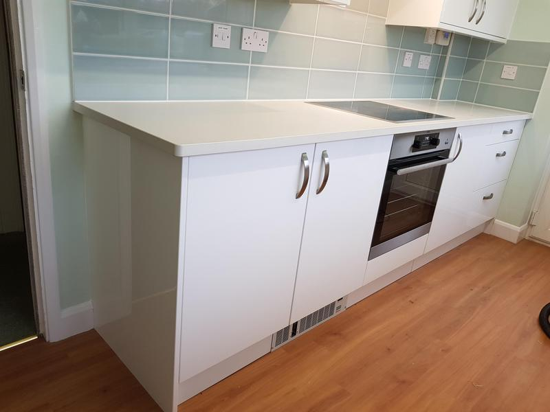 Image 38 - Benchmarx kitchen with slabtech worktop