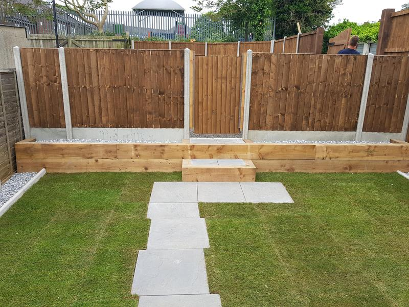 Image 14 - Retaining wall patio fencing gravesend