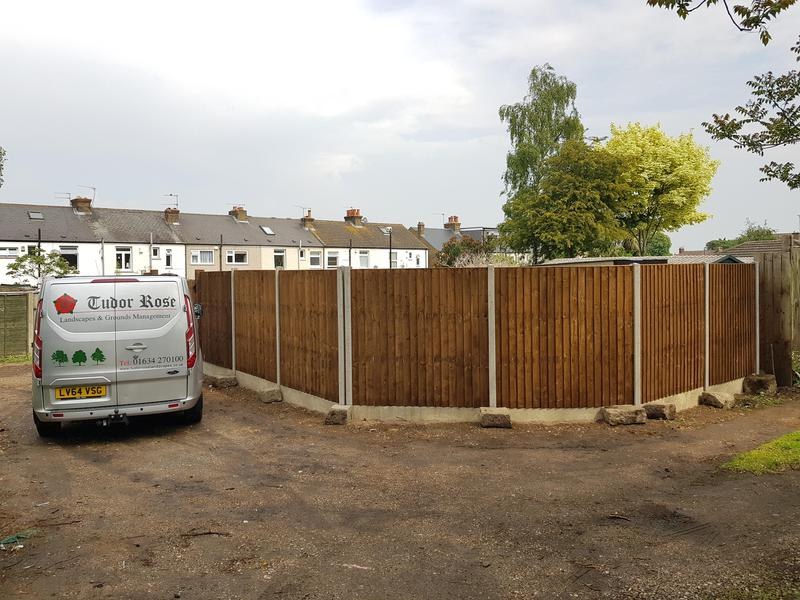 Image 13 - Fencing Gravesend