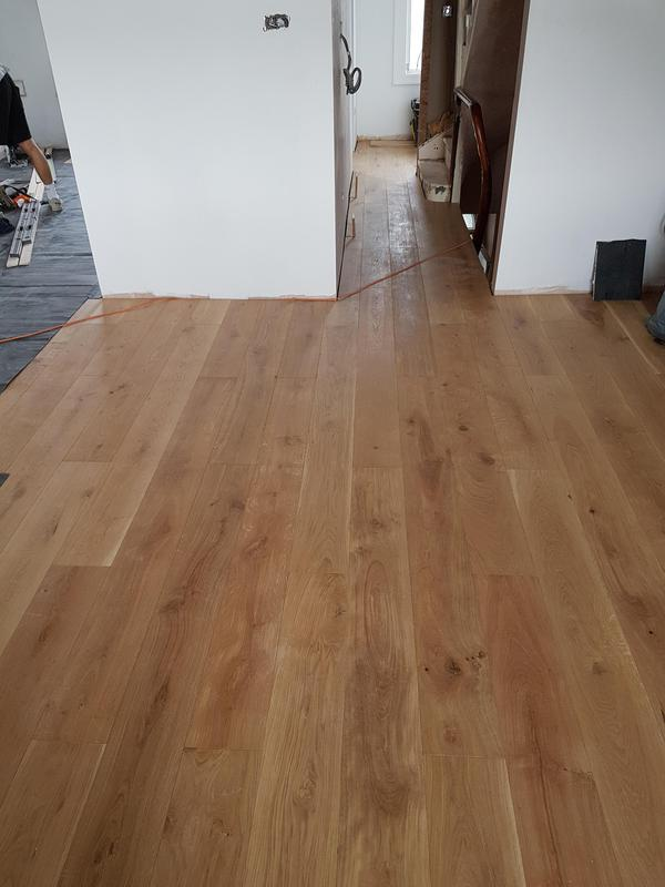 Image 18 - Solid oak floor