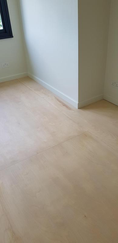 Image 26 - Sanded flooring and decoration