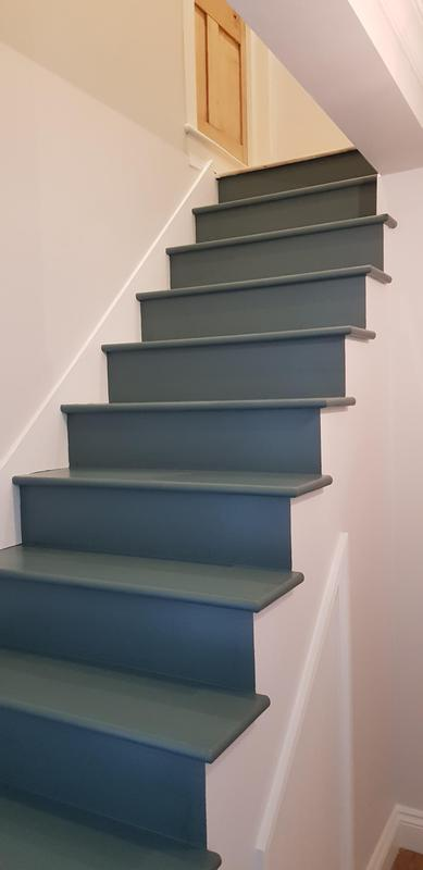 Image 39 - New staircase and painted to customer specification