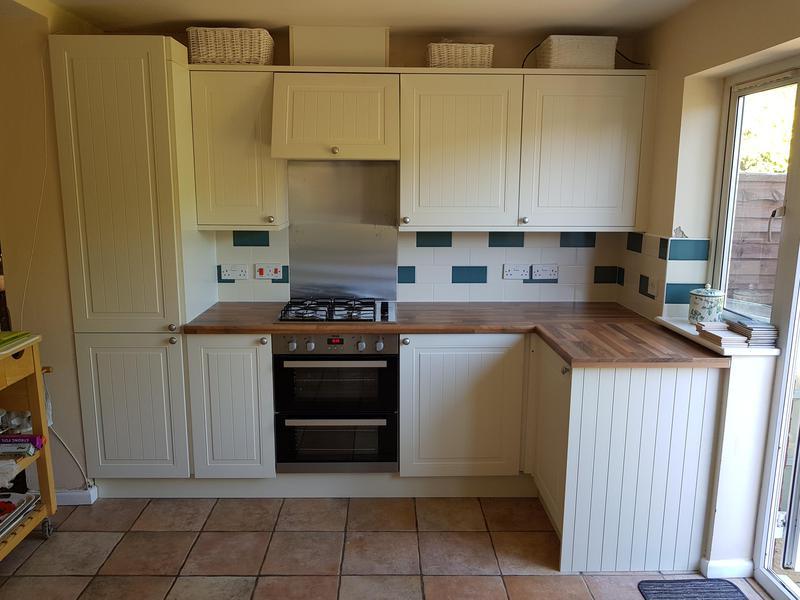 Image 21 - Replace doors worktop and tiles