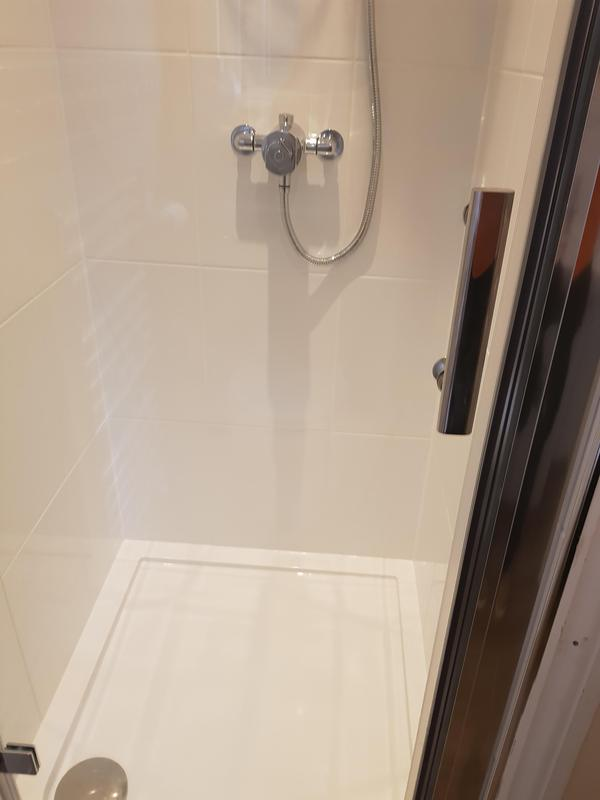 Image 15 - New shower & tiled