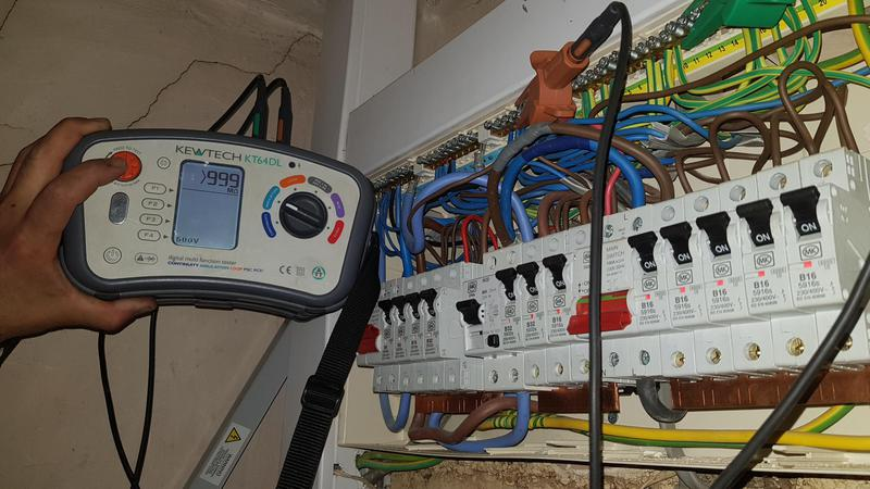 Image 27 - Some recent fault finding on an electric storage heater wiring system