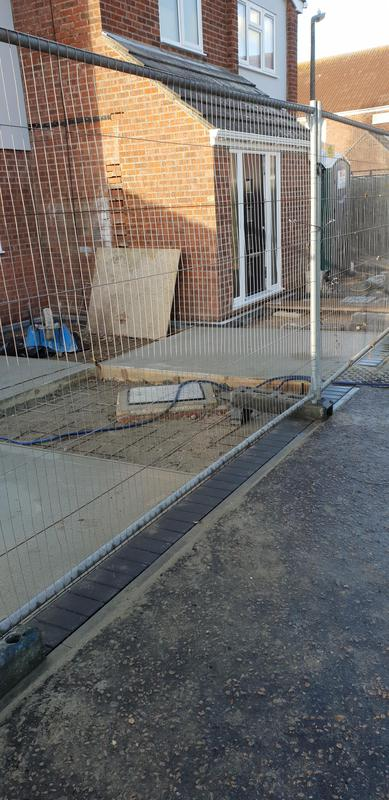 Image 181 - Concrete drive minimum 6 inches thick wirh steel reinforcement