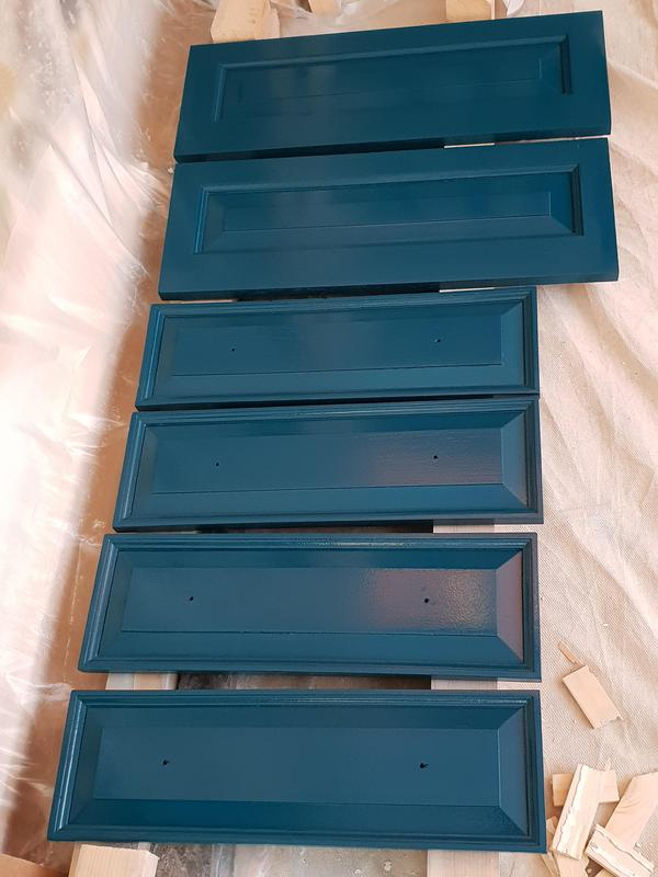 Image 20 - Draw fronts lacquered