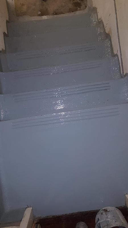 Image 14 - Step been painted after waterproofed