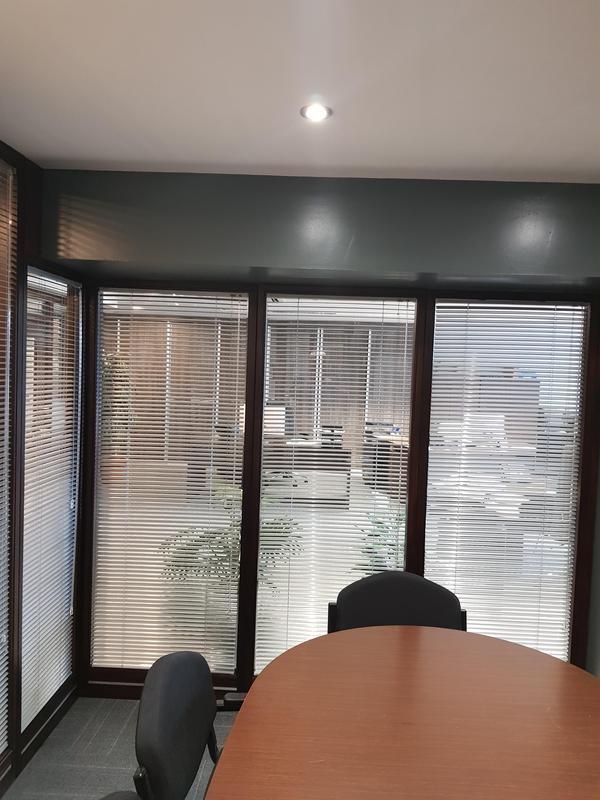 Image 3 - Office Venetians