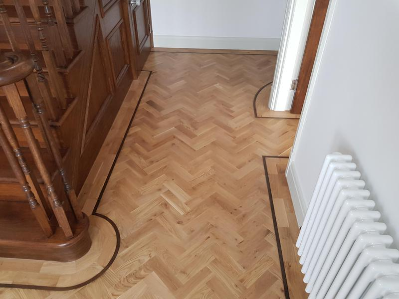 Image 25 - Solid wood parquet  with  border done