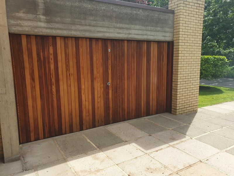 Image 2 - Grade 2 listed house. Garage door completed and looking like new