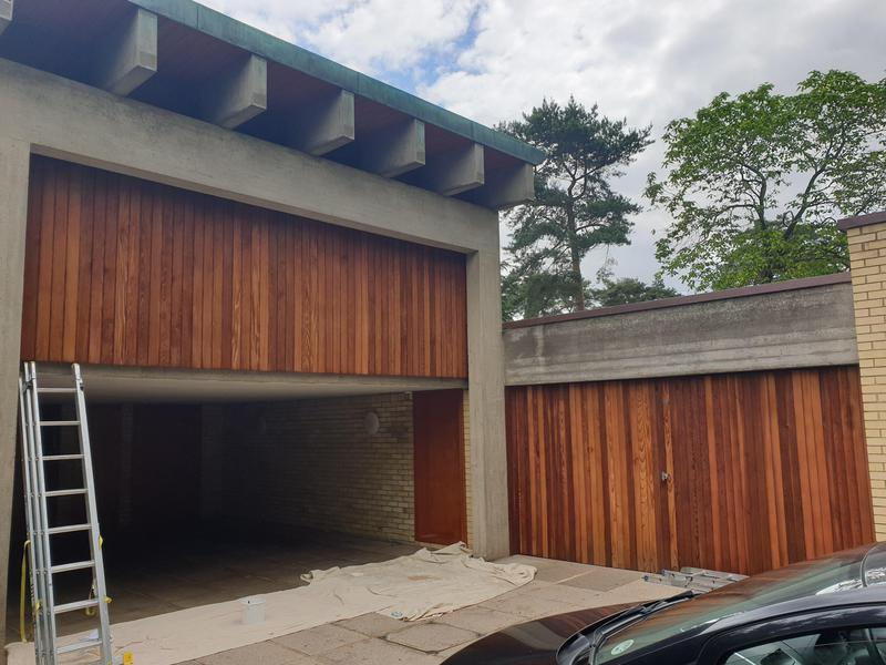 Image 1 - Grade 2 listed house. Garage door and car port completed to match