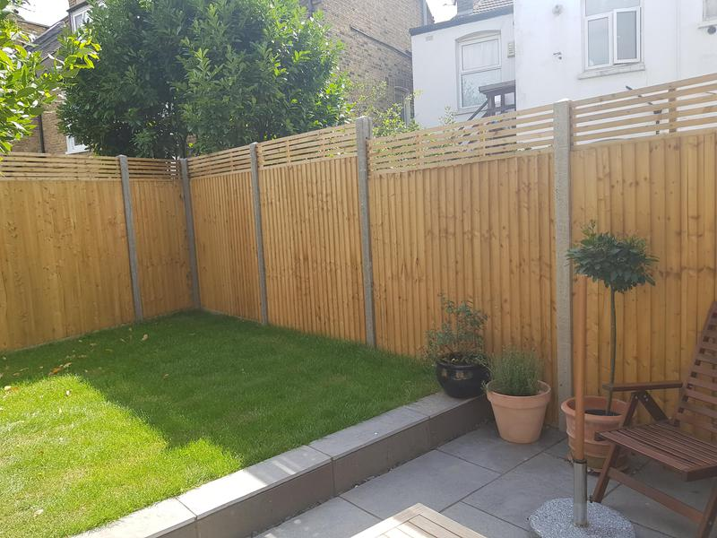 Image 77 - New fence, posts and trellis installed.