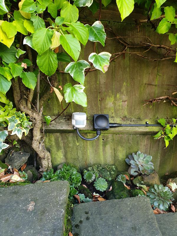 Image 1 - PIR lighting sensor for garden path lighting