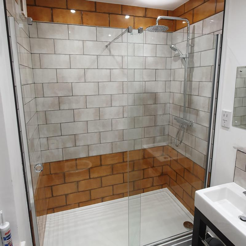 Image 11 - After shower renovation abbeywood