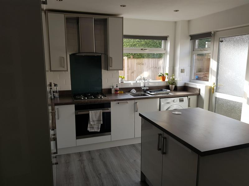 Image 5 - Completed long eaton kitchen