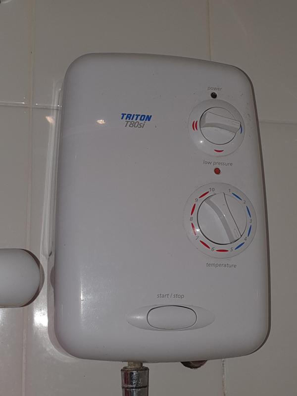 Image 16 - Old electric shower