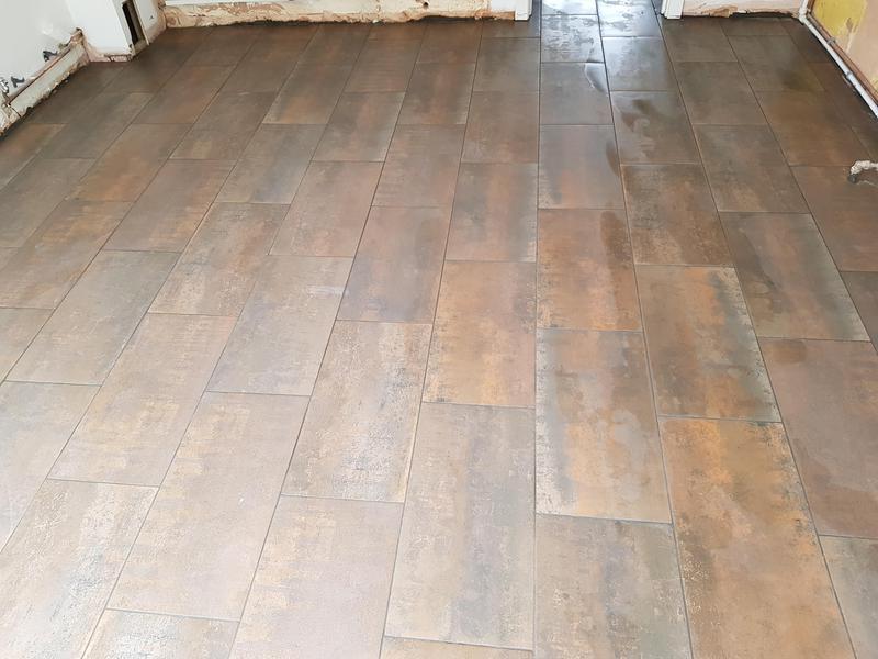 Image 1 - Kitchen floor and hallway