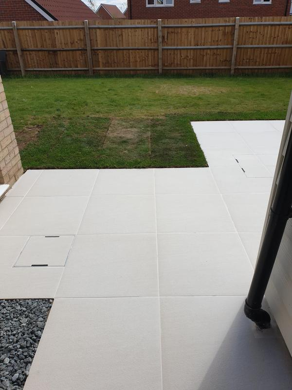 Image 7 - Sandy White Porcelain Patio