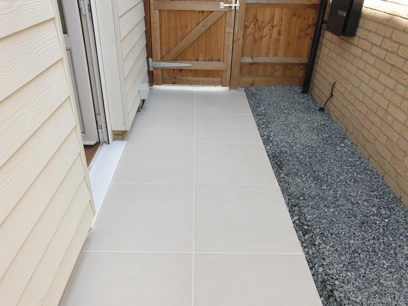 Image 9 - Sandy White Porcelain Patio