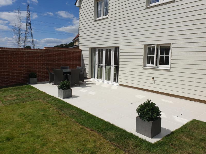 Image 2 - Sandy White Porcelain Patio
