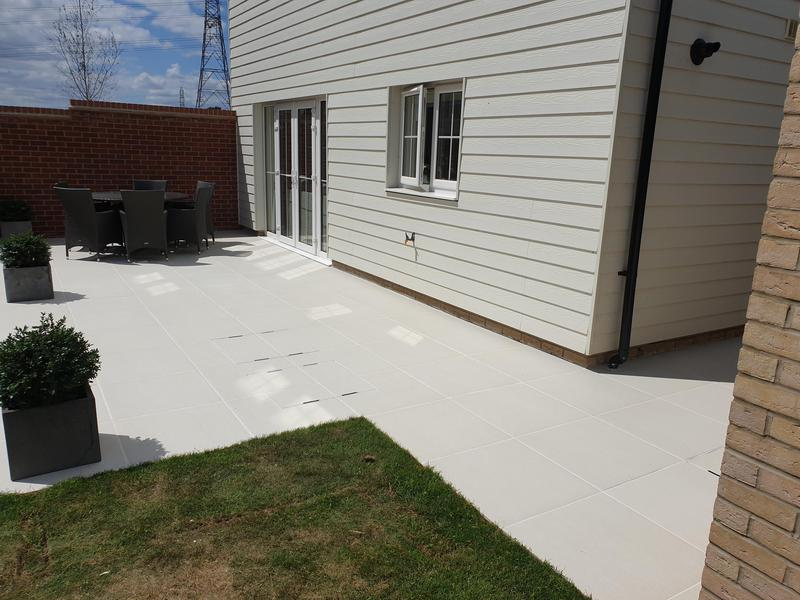 Image 5 - Sandy White Porcelain Patio